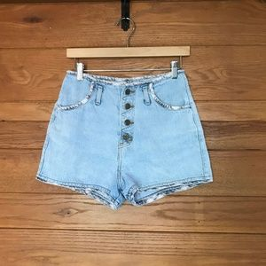 Vintage button fly light wash high rise shorts